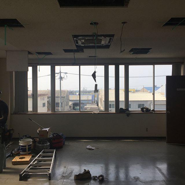 浜松市内で設計室改装工事スタート。事務所等のリフォームもお任せ下さい!#リフォーム #浜松市 #設計室 #ラグデザイン